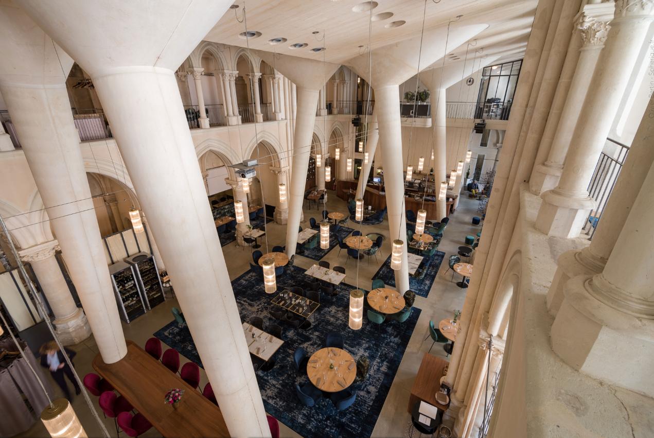 Réhabilitation d'une chapelle en Hôtel/Restaurant à Poitiers (les Archives)